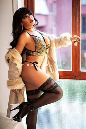 Hanah massage tantrique escorte lovesita